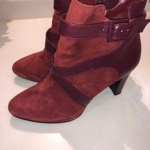 Tahari Women's Dina Leather Boots